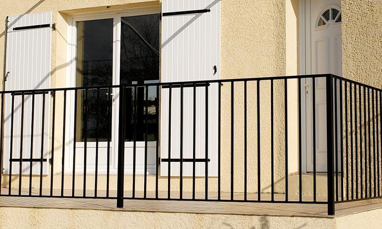 le ferronnier garde corps de terrasse en fer forg viviane gcviviane. Black Bedroom Furniture Sets. Home Design Ideas