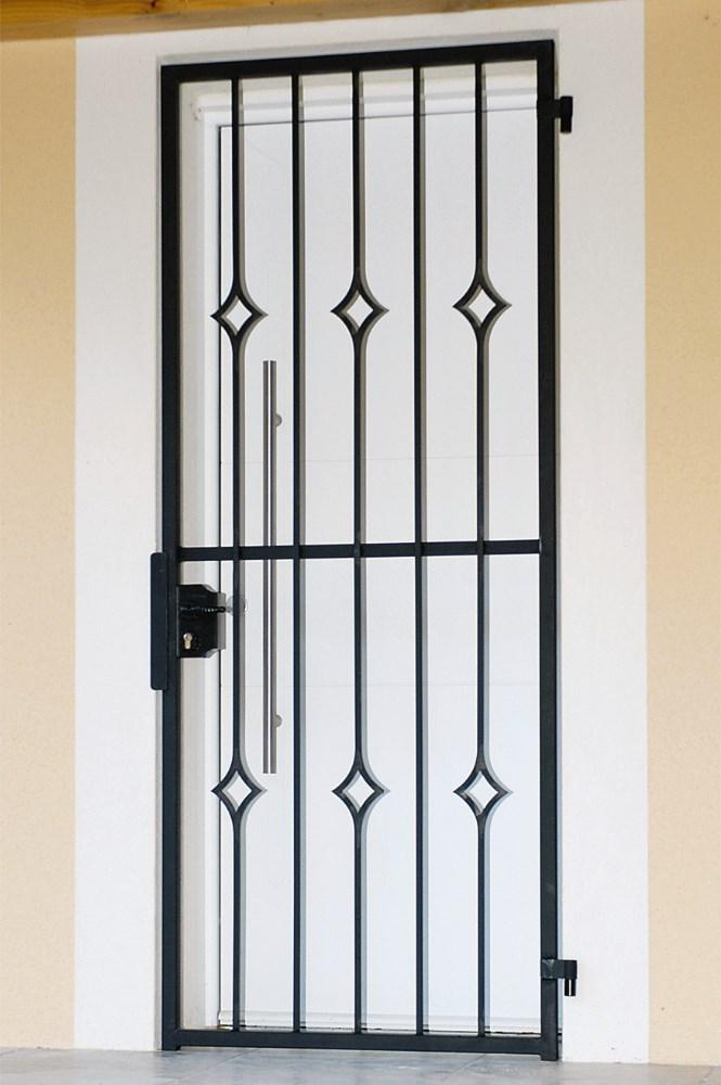 grille ouvrante en fer forg lydie 1 vantail leferronnier. Black Bedroom Furniture Sets. Home Design Ideas